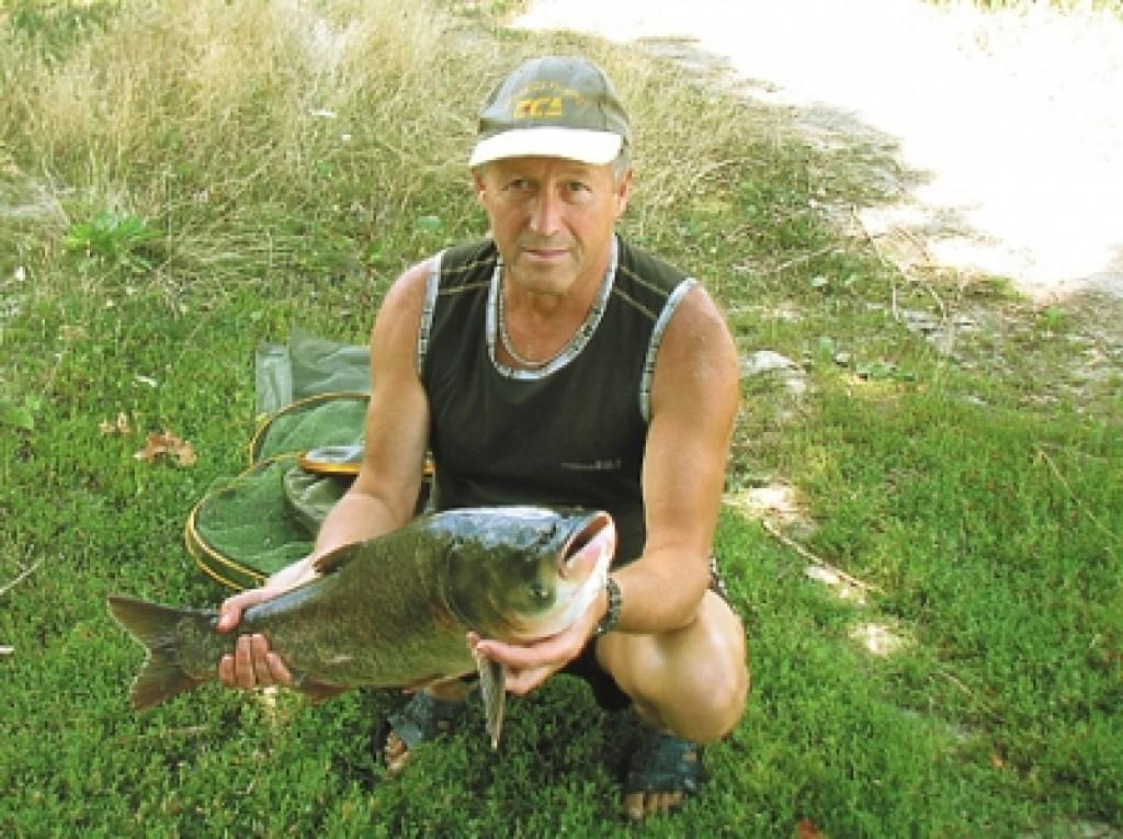 рыбалка весной на толстолоба